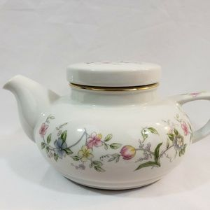Other - Andrea By Sadek Teapot Floral with lid